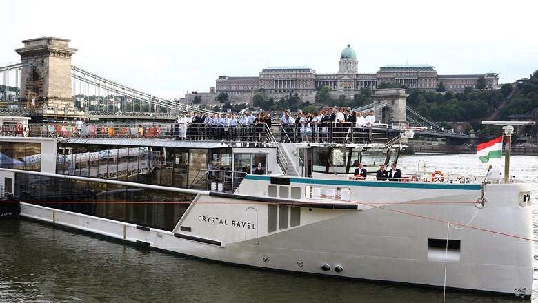 Crystal Ravel christened in Budapest