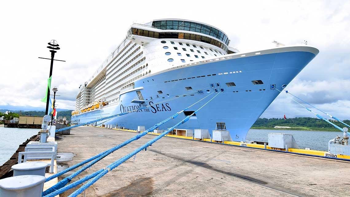 Ovation of the Seas calls on Subic, Manila